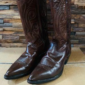 Tony lama brown cowboy boots 🤠